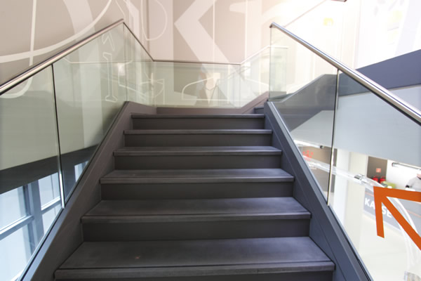 edelstahl treppen edelstahl gel nder edelstahl balkone stahltreppen fluchttreppe metallbau. Black Bedroom Furniture Sets. Home Design Ideas